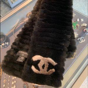 Chanel Orylag Fur Scarf